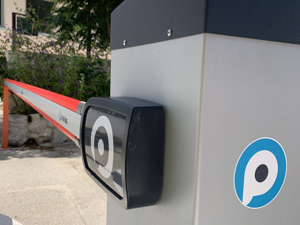 Parklio Gate - smart and automatic barrier - v5